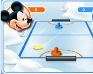 Mickey and friends shoot and score online játékok