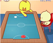 Chicken table hockey online játék